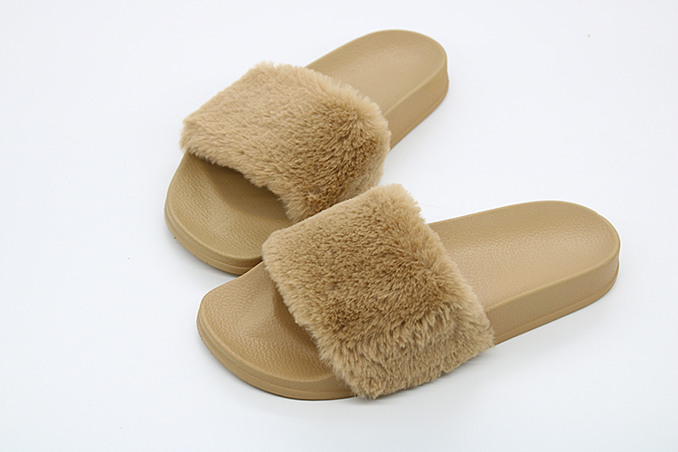 d09ca11513ed46 Coolsa New Arrivals Autumn Plush Slippers Fluffy Fur Flock Women Slides  Designer Flat Casual Flip Flops Female Faux Fur Shoes