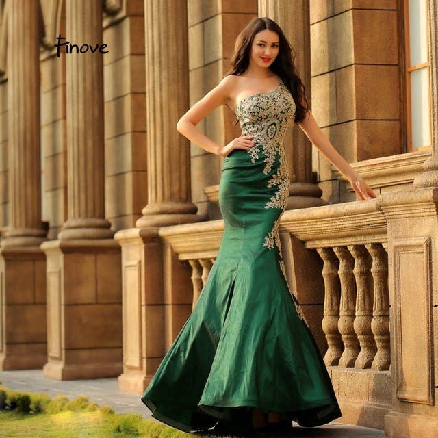 Finove robe de soiree 2019 New Arrivals Mermaid Evening Dress One-Shoulder  Party Dress Ruffles Court Trains Sexy Prom Gowns b36ad463f1b5