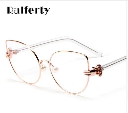 356bd7e445 Ralferty Vintage Cat Eye Glasses Frames Women Gold Metal Rims Optical  Frames Retro Eyeglasses Transparent Glasses Oculos A1113
